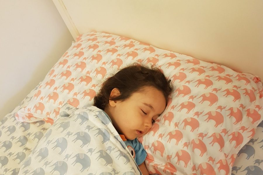 My Non-Toxic Tribe: Guide To Choosing A Safe, Non-Toxic Pillow